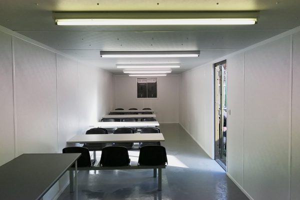 Modular classroom building